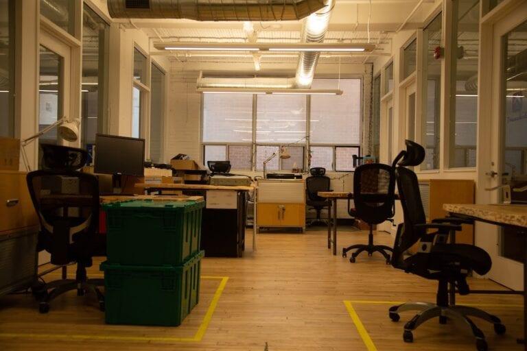 Dedicated Desks in CSI Spadina