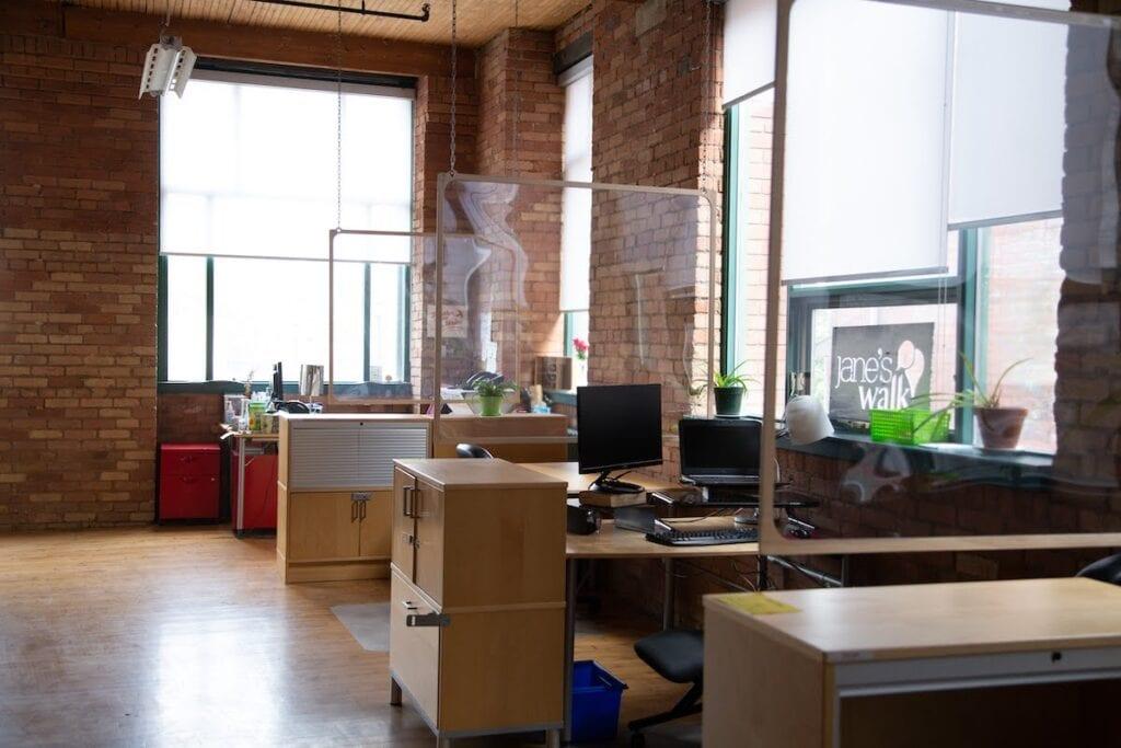 Dedicated desks in CSI Annex