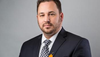 A headshot of Jeff Cyr of Raven Capital.