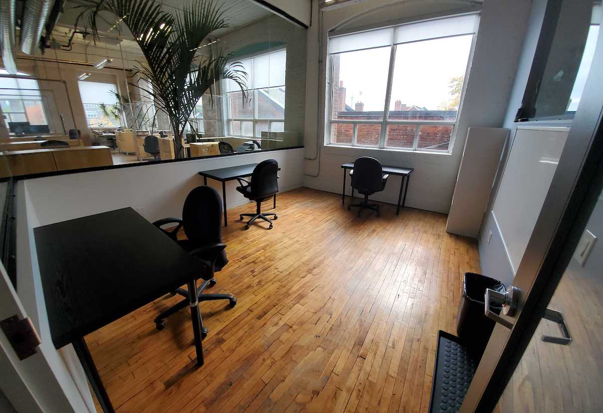 CSI Annex Office #313 is a bright, enclosed corner office with 360 views.