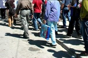 People walking in a gropu