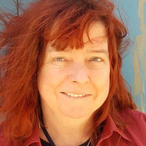 Deenie Flannery Headshot